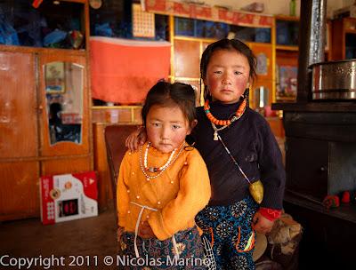 Lezioni di Empatia Tibetana di Nicolas, un cicloturista esploratore dei sensi.