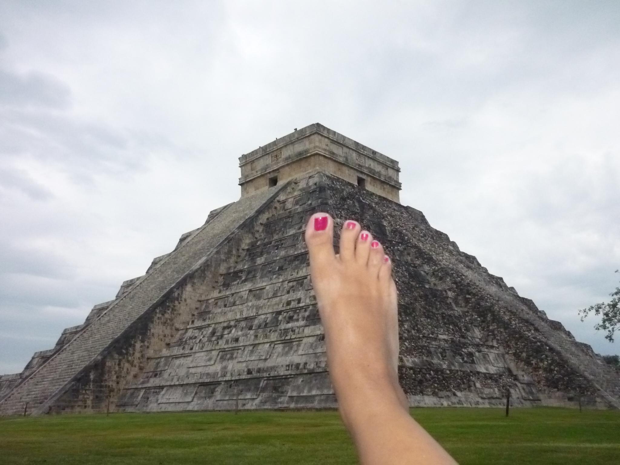 Fotografarsi i piedi in giro per mondo! Dal Messico, Karla.
