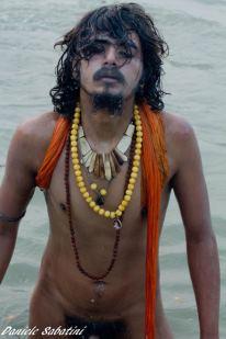 Viaggio fotografico al Kumbh Mela, la cosa più sacra sono le persone