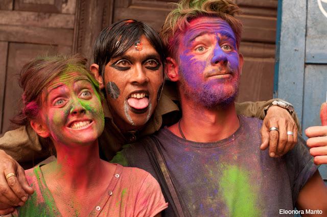 Holi, la festa dei colori in Nepal