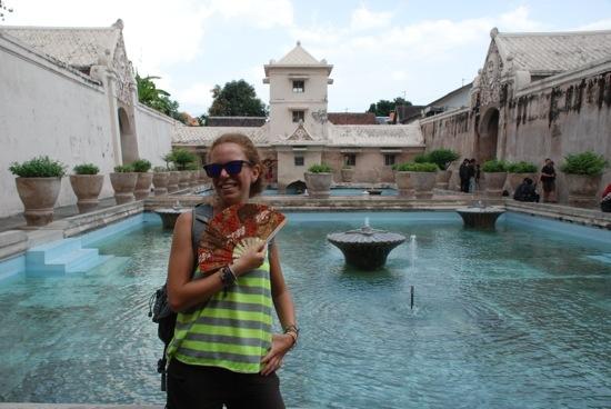 Io al Water Palace di Yogyakarta