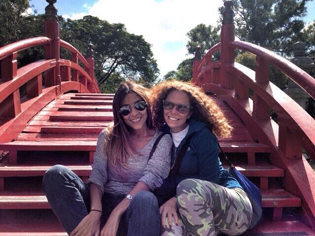 Maira, incontrare una sorella gemella in Sudamerica.
