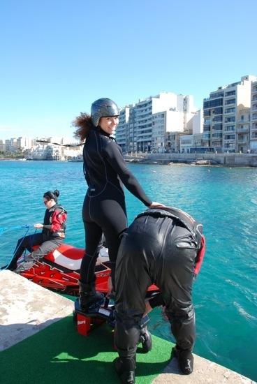 fly board a Malta