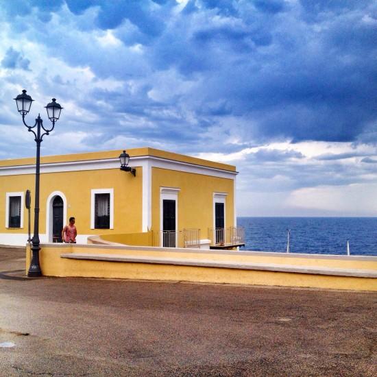 Viaggiare da soli a Ventotene, fare diving e innamorarsi