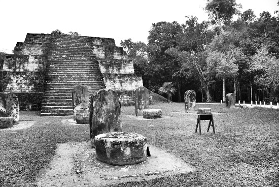 Sito Maya di Tikal