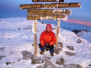 Bill sulla vetta del Kilimangiaro