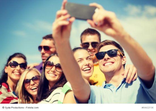 6 Siti per fare amicizie in viaggio