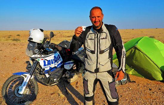 Lasciare il lavoro e fare il giro del mondo in moto a 47 anni