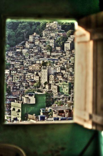 La Finestra sulla Favela di Marco Loiodice
