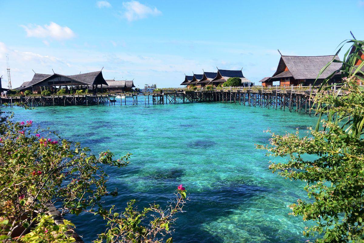 Fare immersioni a sipadan borneo malesia viaggiare da - Sipadan kapalai dive resort ...