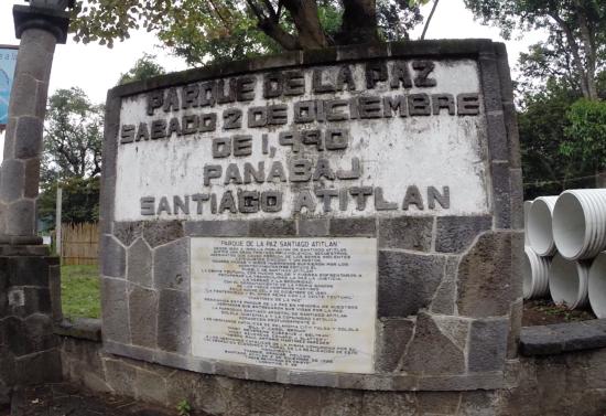 Parque de la Paz Santiago de Atitlan