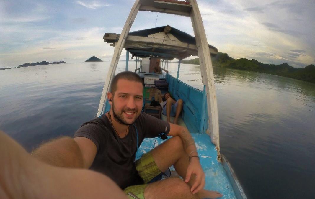 Emanuele: giro del mondo in 1.698 giorni per fotografare la terra