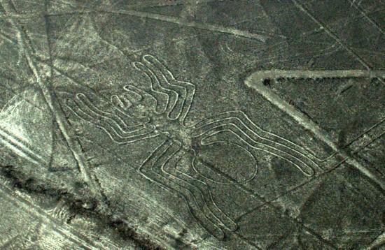 sorvolare le linee di Nazca