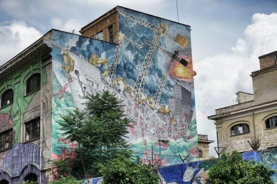 Blu porto fluviale murales