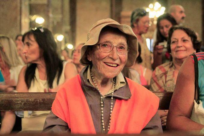 Emma Morosini a 92 anni ha camminato per 35.000 km