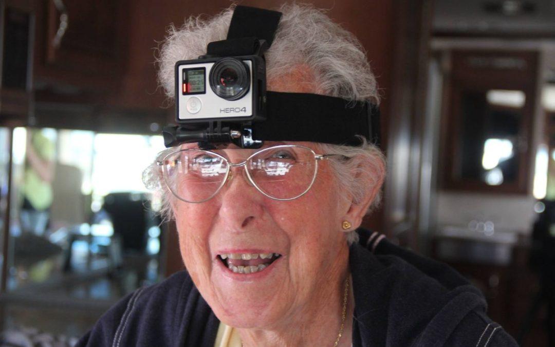 Miss Norma: 90 anni sceglie di viaggiare invece di curarsi il cancro