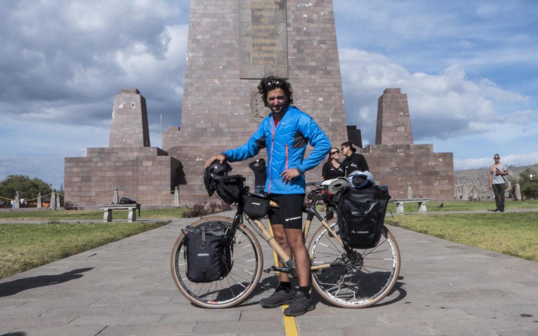 Ocean Traceless: dall Ecuardor al Cile 5000km su una bici di bamboo per lottare contro la plastica