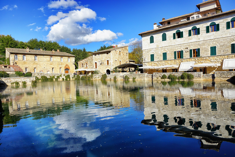 Le terme di bagno vignoni benessere in val d 39 orcia for Arredo bagno valle d aosta