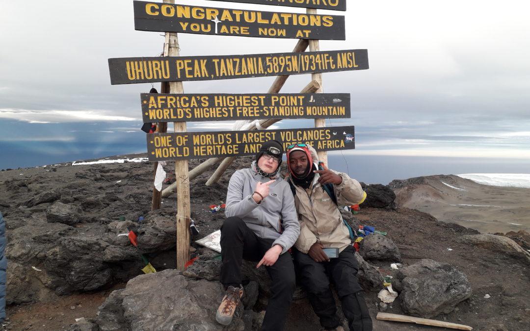 Tiziano: la sua scalata al Kilimangiaro la vetta più alta d'Africa