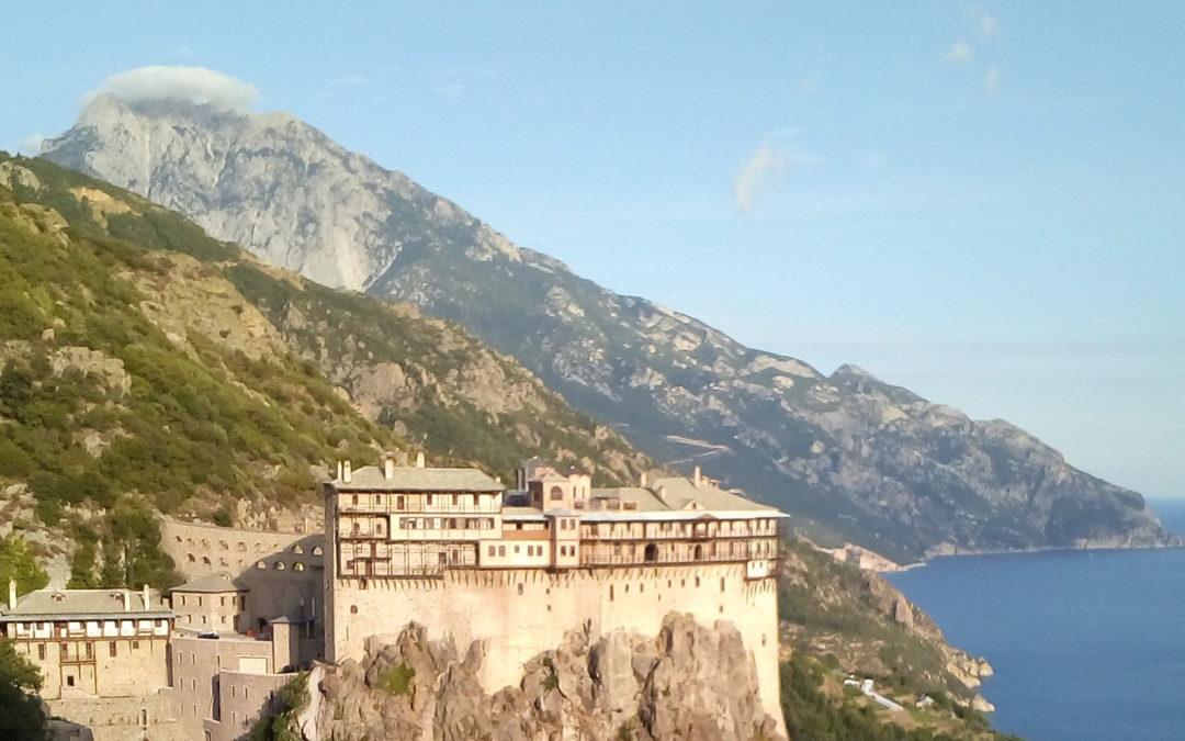 Roberto in visita al monastero sul Monte Athos in Grecia