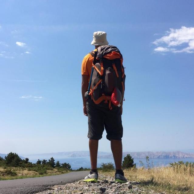 Davide da Trieste a Tirana a piedi: camminando nei Balcani