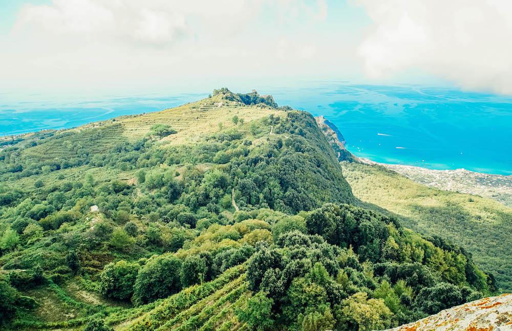 Ischia: fare trekking sul Monte Epomeo
