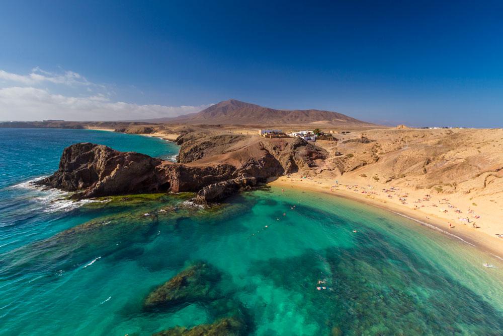 Per le Canarie il primo volo vacanze sicure con il Passaporto Sanitario